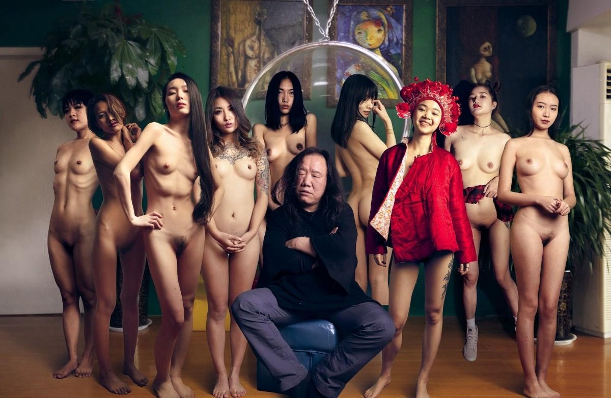 超高价购得另类艺术摄影大师李思谋作品集美女嫩模颜值都非常高裸体各种异类风格套图+视频 制服诱惑-第10张