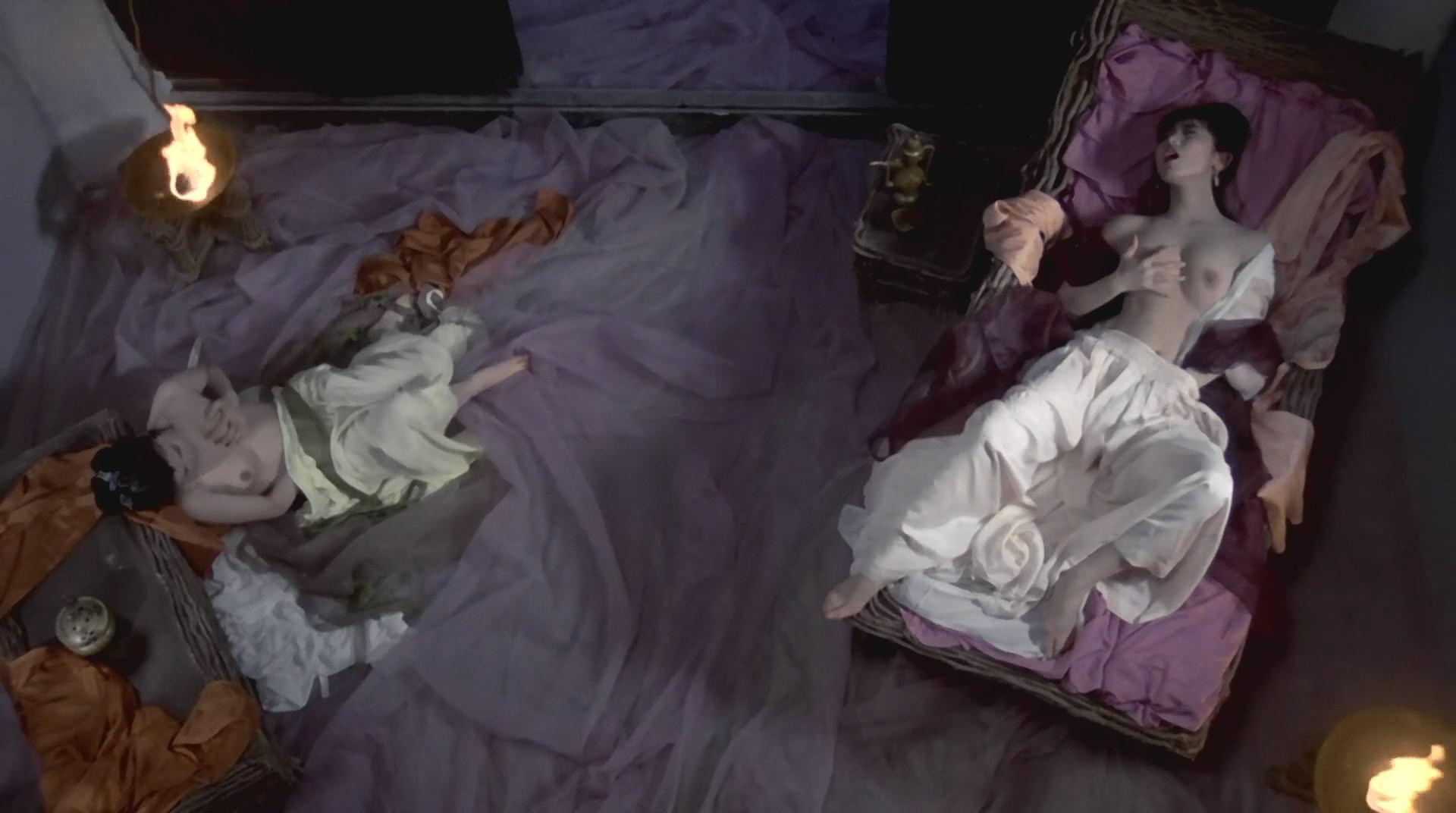经典神作莲女神颜值身材巅峰看的口水哗哗流《聊斋三之灯草和尚1992.高清修复字幕版》肉欲旺盛 公共场所露出-第14张