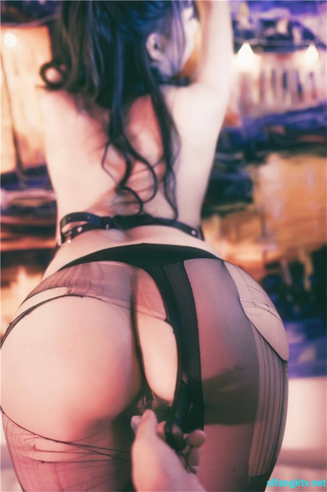 【极品流出】秀人网极品女神嫩模『小波多』多摄影师无圣光私拍自拍流出 捆绑后入猛操 281P+1V 公共场所露出-第3张